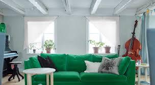 habiller un canapé façons faciles d habiller les fenêtres