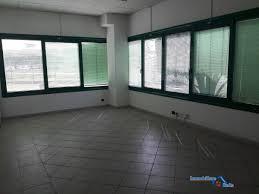 affitto capannoni affitto capannoni frosinone capannone indipendente e palazzina