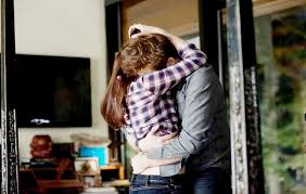 Bella Swan Bedroom Kristen Stewart And Robert Pattinson Kiss U0026 U0027twilight U0027 Marathon