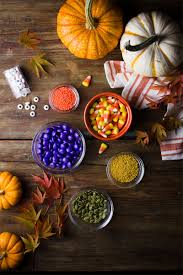 halloween cany how to make halloween candy bark in 3 easy steps discover