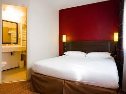 femme de chambre nantes hôtel à nantes ibis styles nantes centre place royale