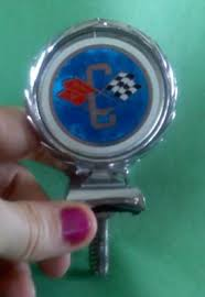 corvette emblem anyone any info on what year