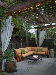 Backyard Ideas On Pinterest Best 25 Small Backyard Patio Ideas On Pinterest Small Fire Pit