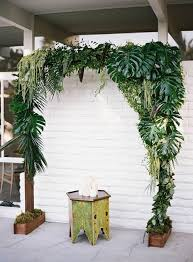 wedding backdrop greenery 16 wedding backdrop ideas with greenery backdrops weddings and