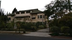anyone know the story behind this rundown mansion in koreatown