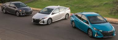 toyota car hybrid hybrids 101 guide to hybrid cars consumer reports