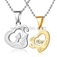 necklaces with names engraved names engraved split hearts couples pendants necklaces set for two