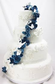 butterfly wedding cake blue butterfly cascade wedding cake the cakemaker