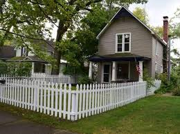Cottages For Rent In Traverse City Mi by Tile In Kitchen Traverse City Real Estate Traverse City Mi