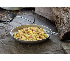 mountain house freeze dried scrambled eggs with ham and red and