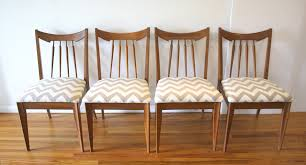 set of 4 dining room chairs dining table picked vintage