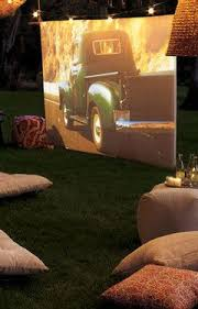 Backyard Movie Party by 20 Best Outdoor Movie Night Images On Pinterest Outdoor Movie