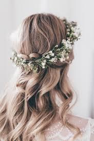 wedding hairstyles for medium length hair bridesmaid best 25 flower crown hairstyle ideas on pinterest flower crown