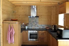cuisine chalet bois accueil lombard vasina
