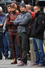 Hit The Floor Killer Crossover - cw u0027s arrow and the flash film highly anticipated crossover in