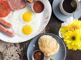 vital weekday breakfast spots to know in chicago
