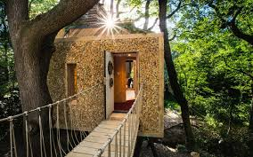 how to stay in england u0027s most luxurious treehouse travel leisure