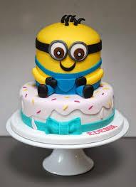 minion birthday cake minions birthday cakes vanilla cakes