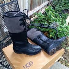 ugg s belcloud boots 31 ugg boots ugg belcloud leather boots nib from patti s