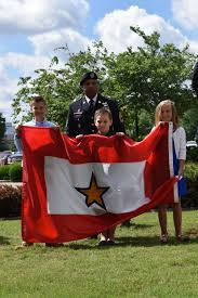 Gold Star Flag Smdc Raises Gold Star Service Flag Article The United States Army
