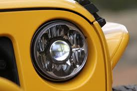 light yellow jeep kc hilites gravity led pro 7