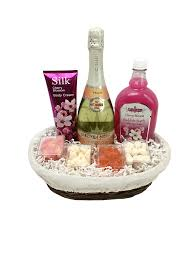 bath gift baskets bellini bath gift basket chagne gift baskets