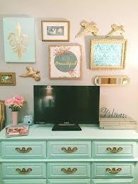 Green Wall Bedroom by Best 25 Teen Bedroom Mint Ideas On Pinterest Teal Teen Bedrooms