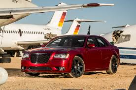 chrysler 300c srt 2014 chevrolet ss vs chrysler 300 srt comparison motor trend