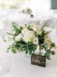 wedding flowers greenery best 25 white flower centerpieces ideas on white