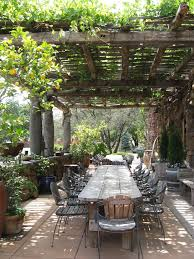 How To Build A Pergola Over A Patio by Best 25 Outdoor Dining Tables Ideas On Pinterest Patio Tables