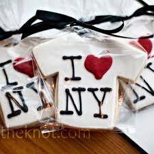 Nyc Wedding Favors by New York Themed Cookies T Shirts Taxi Cabs And Broadway