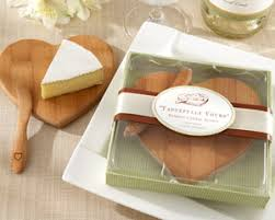 kate aspen favors heart shaped bamboo cheese board favors and gifts by kate aspen