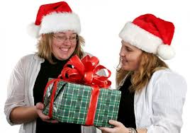christmas gift giving for your boss at work
