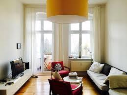 Wohnzimmer Berlin Prenzlauer Berg Retro Meets Altbau Gemütliches Wohnzimmer In Berliner
