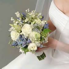cheapest flowers wedding flower bouquet ideas wedding corners