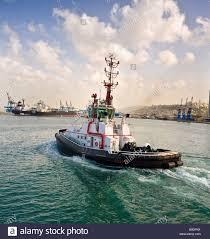 tugboat stock photos u0026 tugboat stock images alamy