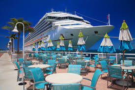 cruise ship weddings choices of cruises meant for small and big weddings