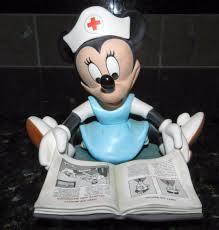 wdcc disney minnie mouse student nurse figurine aiders