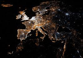 World Map At Night by Infographic Of The Day Using Twitter And Flickr Geotags To Map