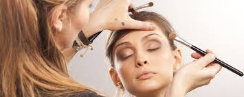 become a professional makeup artist how to become a freelance makeup artist mua in california