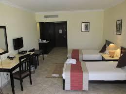 type de chambre d hotel vue d une chambre type photo de royal tulip resort marsa