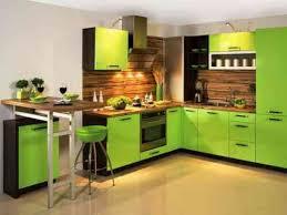 cuisine verte et marron cuisine verte pour un intérieur naturel et doux mobilier vert
