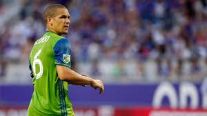 seattle sounders lose osvaldo alonso and roman torres to injury vs