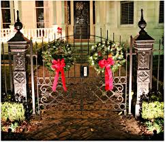 Christmas Fence Decorations Decorating Lovely Christmas Entryway Decoration Ideas Kropyok