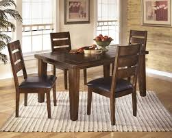 Dining Room Tables For 4 Larchmont 5 Pc Dining Rectangular Dining Room Table 4 Uph
