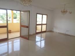 chambre a louer a studios appartements maisons terrains et locaux commerciaux à