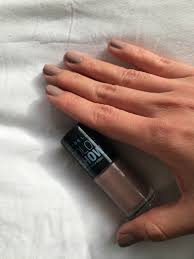 beauty review maybelline color show nail polish mademoiselle nomad