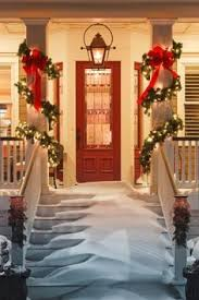 Christmas Porch Light Decorations by 50 Stunning Christmas Porch Ideas Christmas Porch Ideas