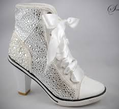 wedding shoes and accessories best 25 bling wedding shoes ideas on cinderella