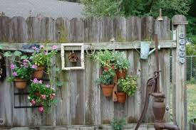 Backyard Fence Decorating Ideas Backyard Fence Decorating Ideas Fence Ideas Rustic Backyard Decor